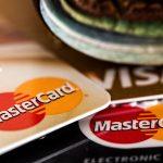 Motivele principale pentru care ar trebui să vă deschideți un cont bancar în străinătate